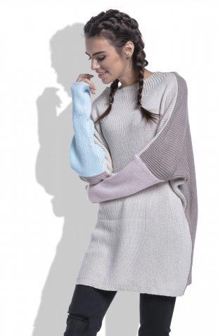 Luźny sweter do uda