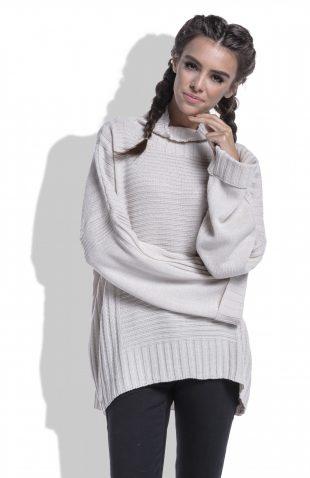Sweter oversize z szerokimi rękawami