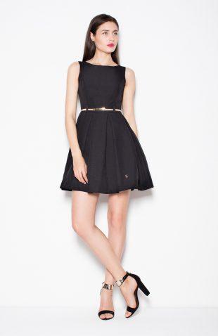 Sukienka odcinana w pasie z zakładkami