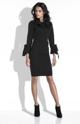 Elegancka sukienka ołówkowa z szerokim rękawem