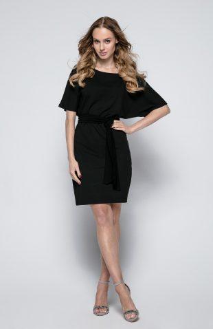 Sukienka mini taliowana z paskiem
