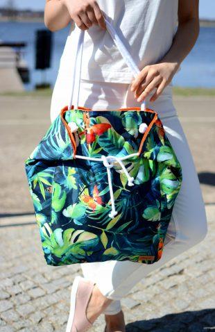 Duża torba worek w roślinny motyw