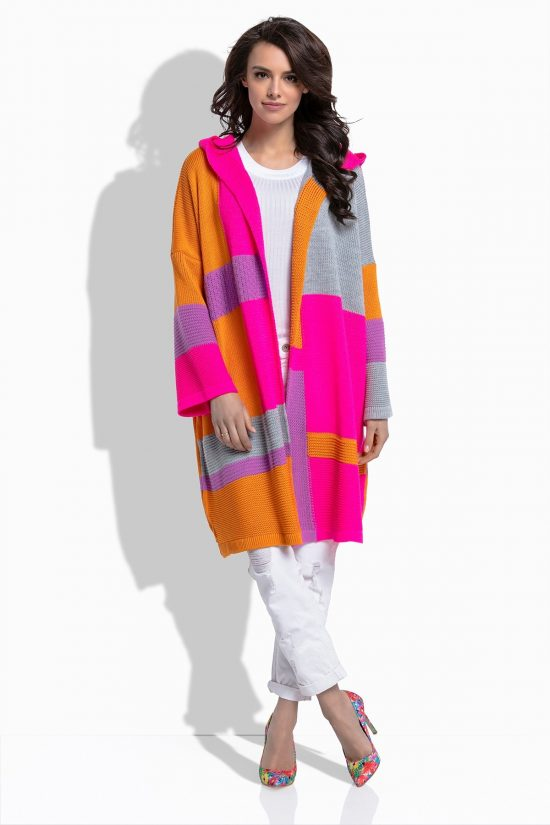 Piękny kolorowy wiosenny kardigan z kapturem, model oversize. Idealna propozycja na wiosnę, z powodzeniem zastąpi płaszcz. Wspaniałe połączenia kolorów będą idealnie wyglądały w casualowych stylizacjach.