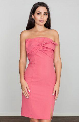 Sukienka ołówkowa z kokardą przy dekolcie koral
