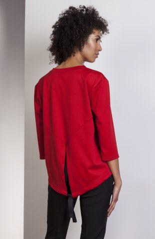 Elegancka bluzka z tyłem typu frak czerwona