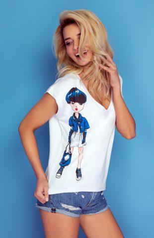 Koszulka z autorskim nadrukiem dziewczyna w trampkach
