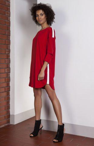 Sukienka casual z lampasami czerwona
