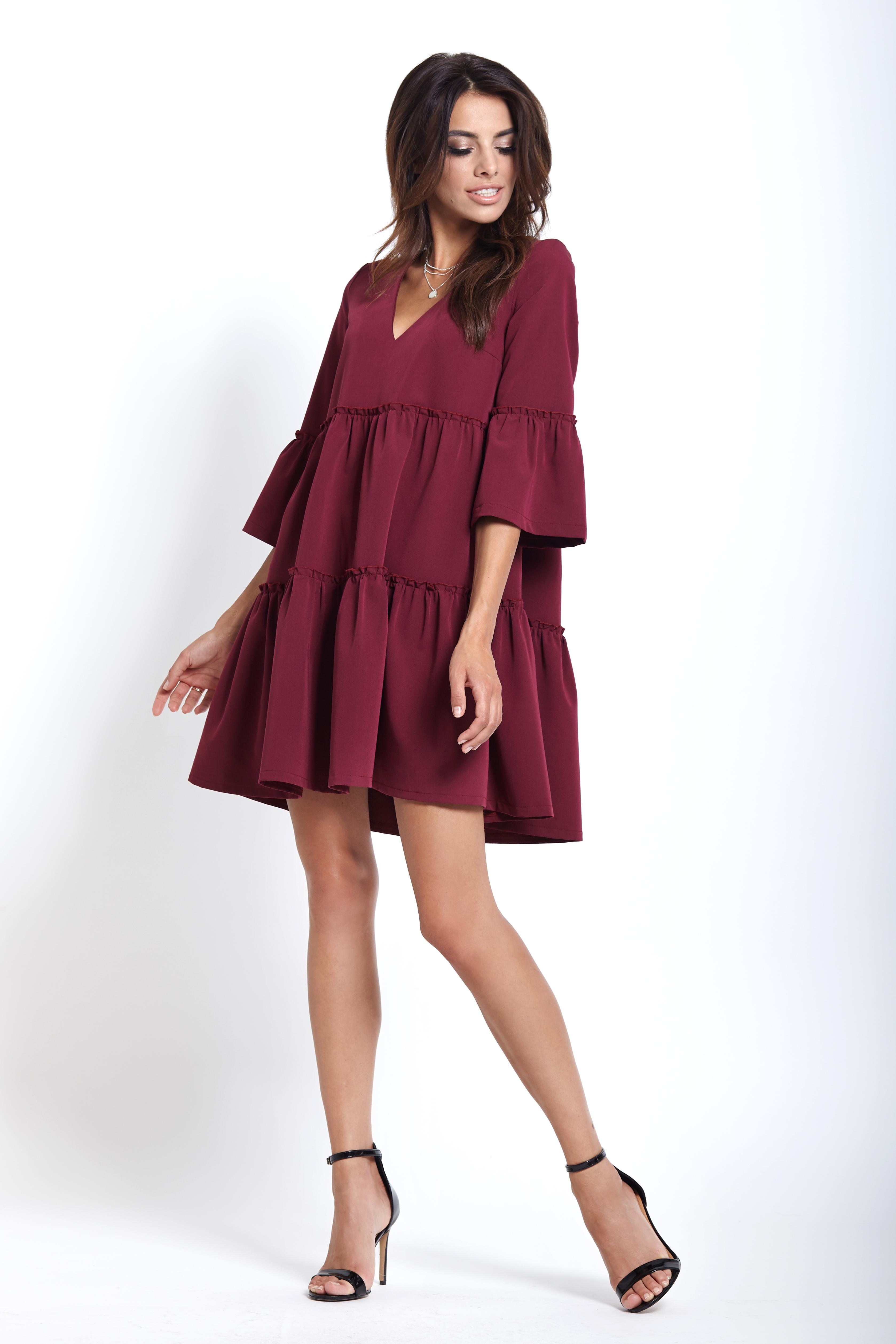 bc65d5a9ef Elegancka sukienka do kolan z falbanami bordowa - wysyłka już od 5