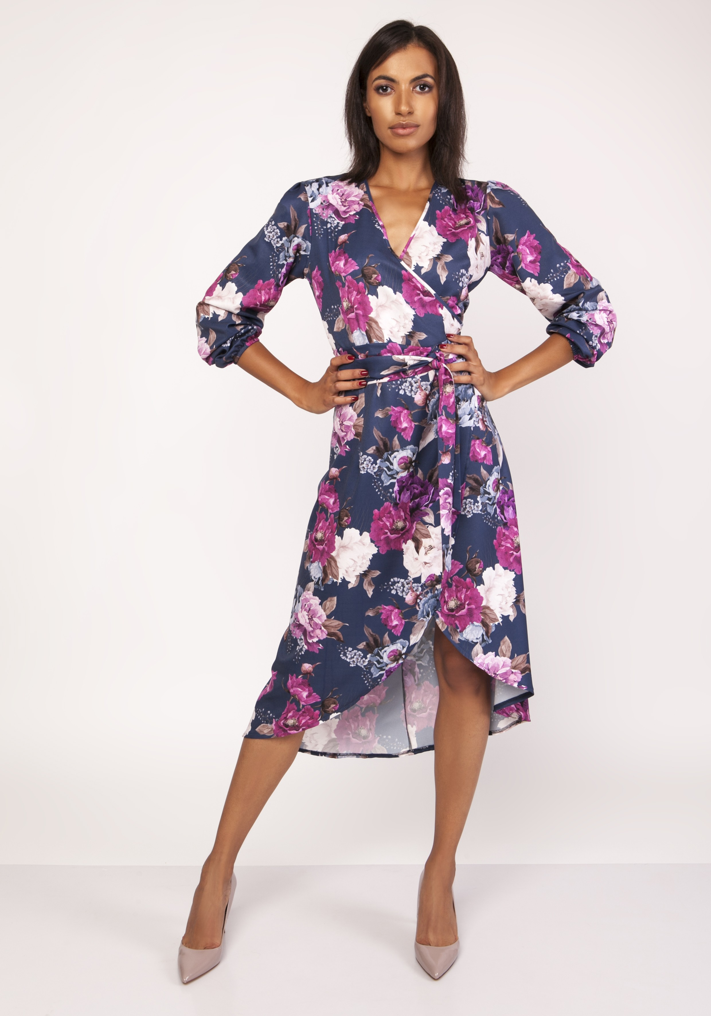 930b45765f Kopertowa asymetryczna sukienka w kwiaty - wysyłka kurierem od 5