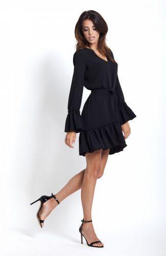 Prosta sukienka z falbanami na jesień czarna