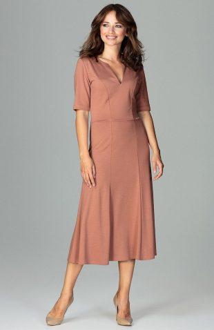 Elegancka sukienka do biura rozkloszowana brązowa