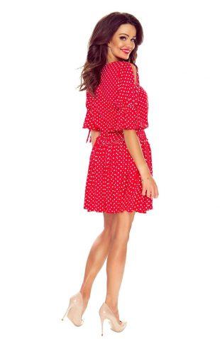 Sukienka z falbaną w grochy czerwona