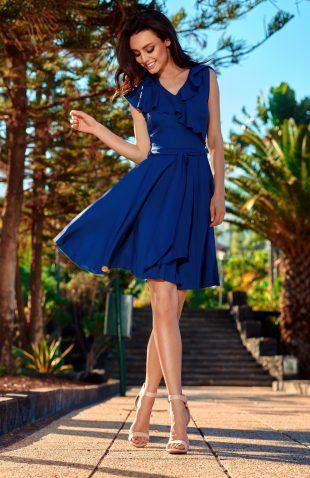 Sukienka kopertowa z falbanami na lato