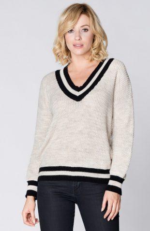 Ciepły sweter z dekoltem w serek beżowy