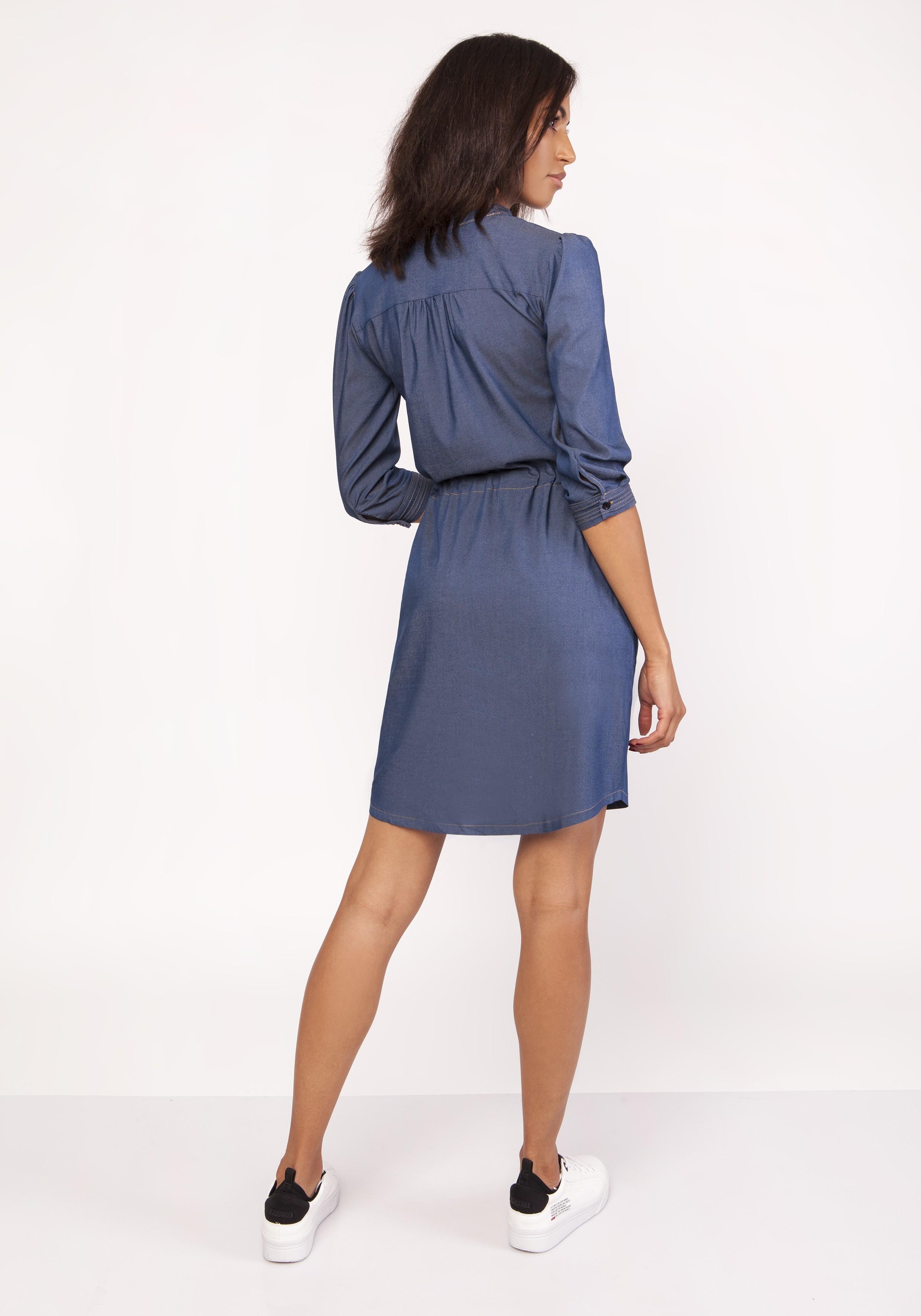 0c7e380ece Sukienka koszulowa jeans do kolan - modne sukienki szyte w Polsce