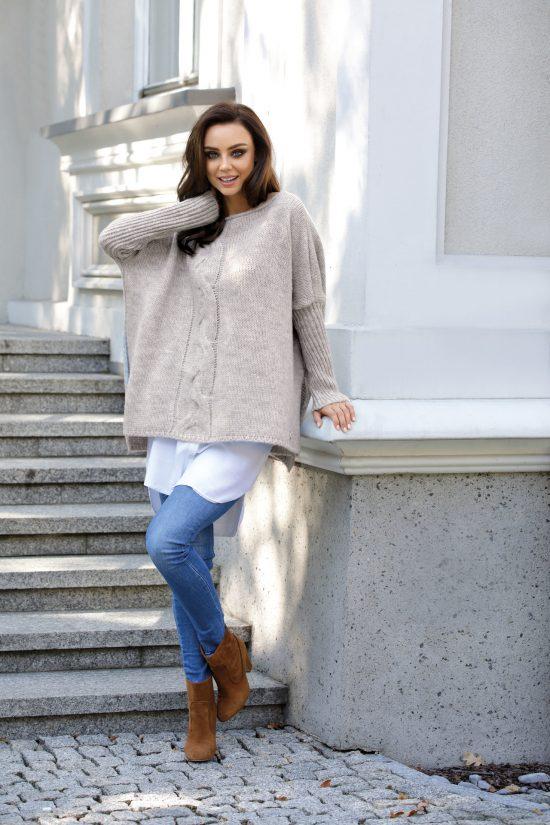 Obszerny ciepły sweter ponczo z wełną