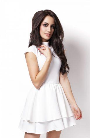 Elegancka rozkloszowana sukienka z falbanami ecru