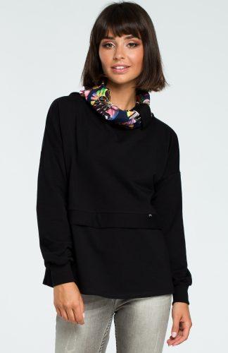 Damska bluza bawełniana z kolorowym kołnierzem czarna