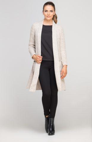 Ciepły długi sweter z grubej dzianiny beż