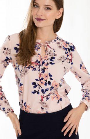 Delikatna elegancka bluzka w kwiaty ze stójką