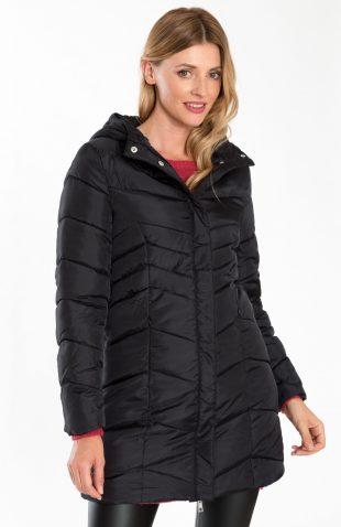 Ciepły pikowany płaszcz z kapturem czarny
