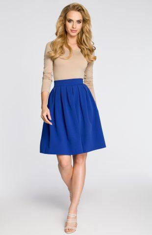 Elegancka plisowana spódnica przed kolano niebieska