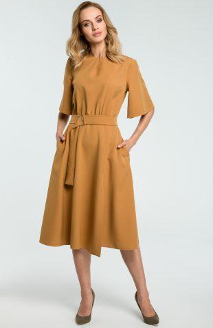 Elegancka sukienka do biura midi z paskiem