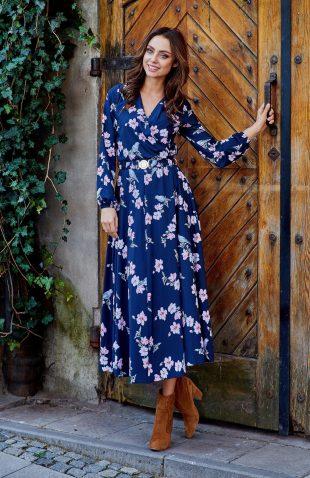 Sukienka kopertowa midi z długim rękawem w kwiaty, z nowej kolekcji jesień/zima 2018. Sukienka o komfortowej długości do połowy łydki.