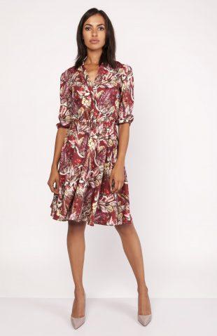 Wzorzysta sukienka koszulowa do kolan rozkloszowana