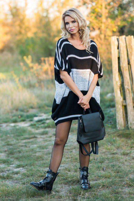 Sukienka swetrowa o luźnym fasonie z wełną