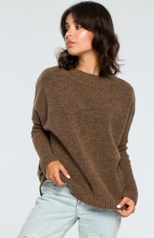 Gruby ciepły sweter z półgolfem