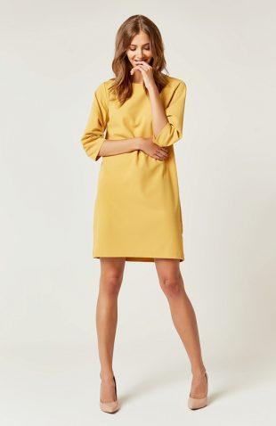 Prosta klasyczna sukienka typu A do kolan żółta