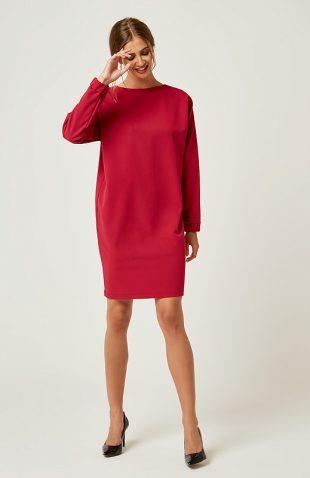 Klasyczna elegancka sukienka o luźnym fasonie do kolan