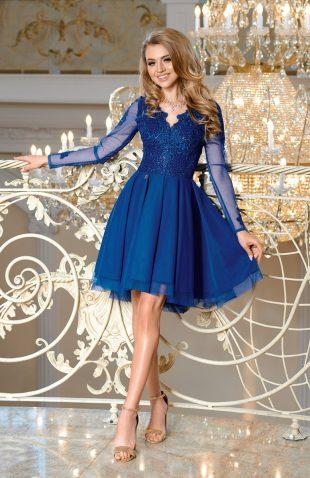 Sukienka balowa z tiulem i z haftami niebieska