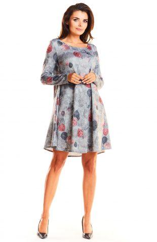Dzianinowa rozszerzana sukienka typu A