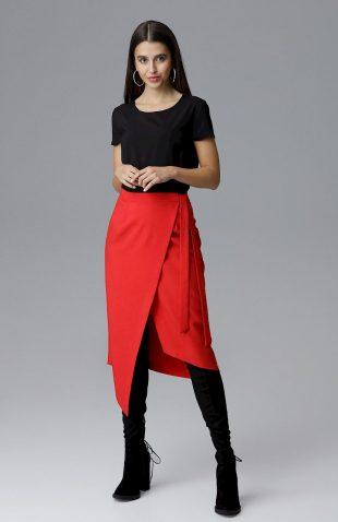 Kopertowa spódnica midi wiązana w pasie czerwona