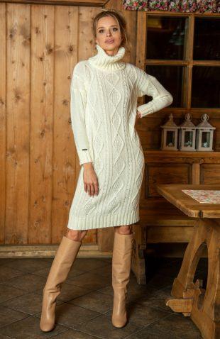 Ciepła sukienka swetrowa do kolan z golfem