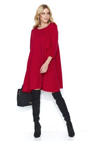 Trapezowa szeroka sukienka przed kolano czerwona