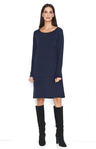 Dresowa wygodna sukienka do kolan z kieszenią granat