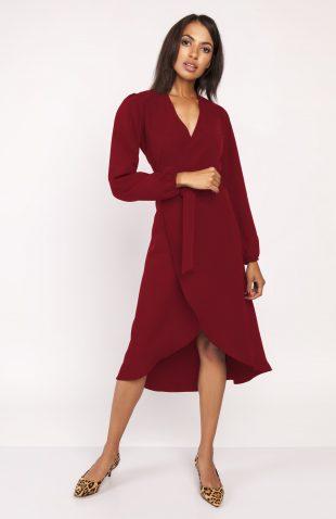 Sukienka z przedłużanym tyłem bordo