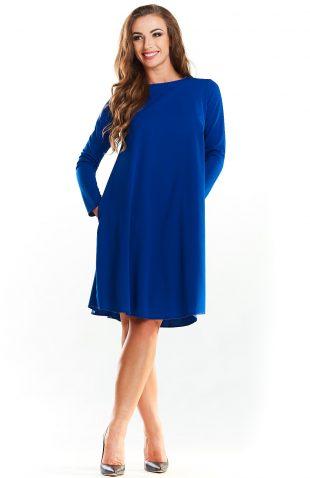 Trapezowa prosta sukienka do kolan niebieska