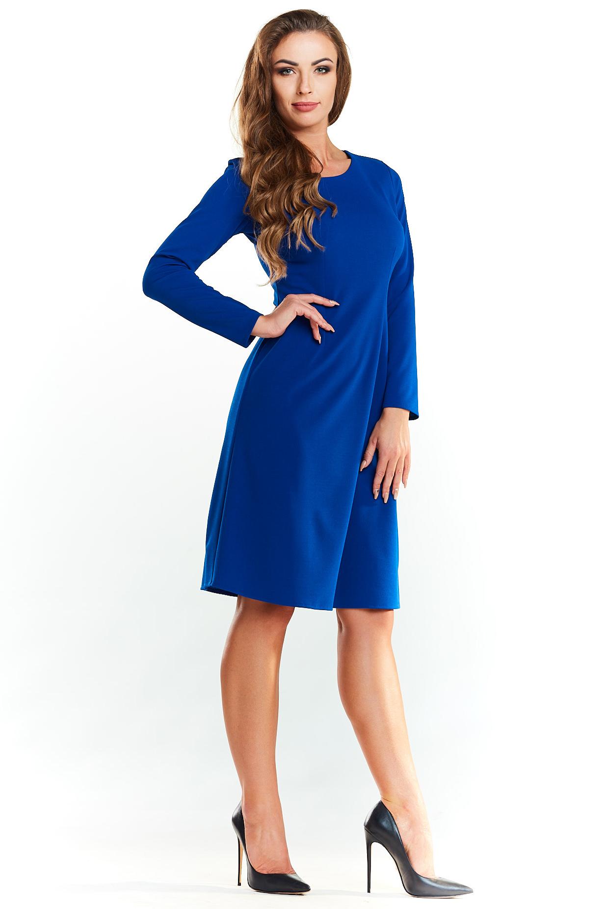 be99a87f5b Klasyczna rozkloszowana sukienka do kolan niebieska - kurier od 5