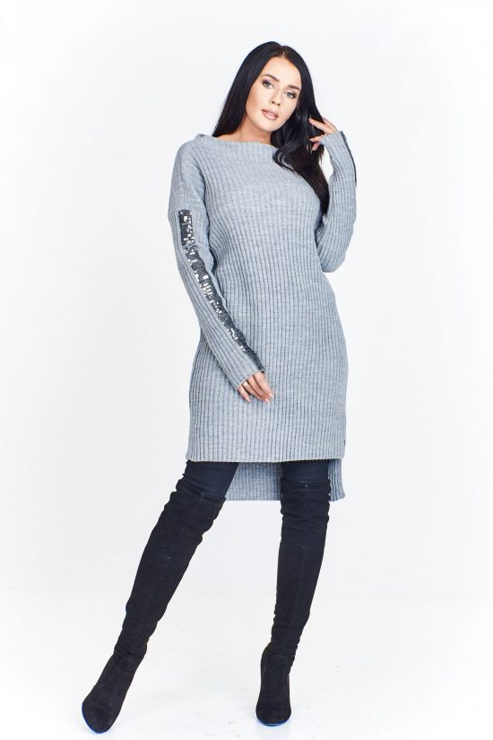 Sweter damski długi z cekinami na rękawach