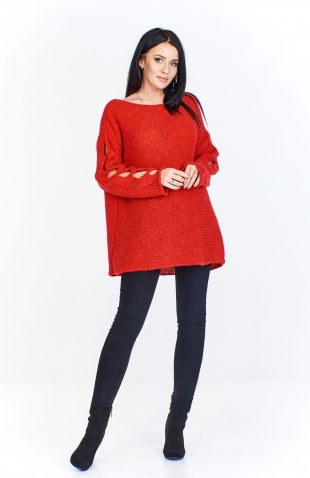 Sweter damski oversize z pęknięciami na rękawach