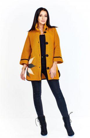 Płaszcz damski wełniany z haftem