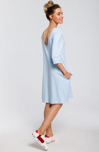 Sukienka z dekoltem na plecach błękitna
