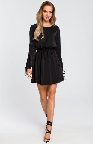 Sukienka rozkloszowana z długim rękawem czarna