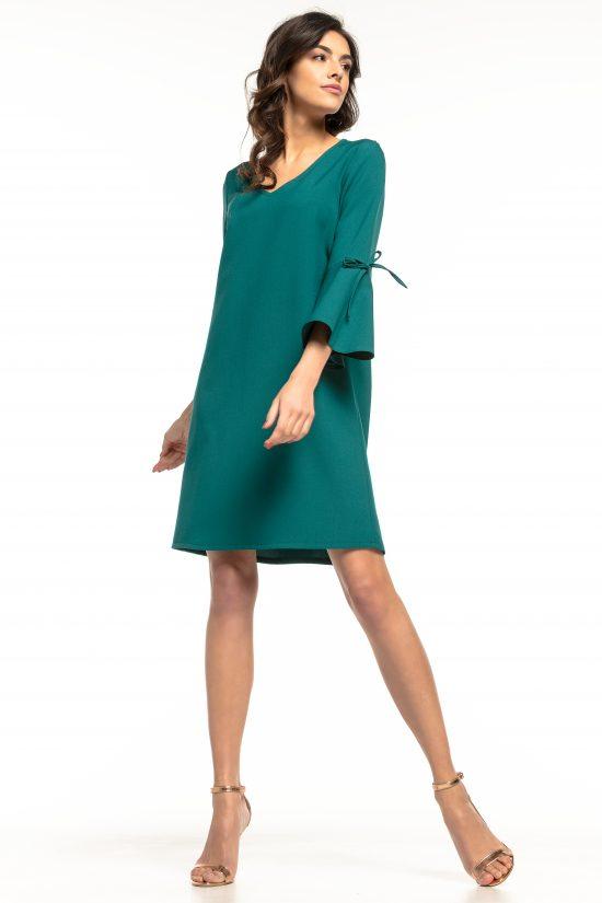 Sukienka trapezowa z falbankami zielona