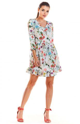 Sukienka z falbankami na dole kwiaty ecru