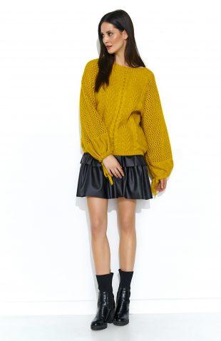 Sweter oversize z szerokimi rękawami musztardowy